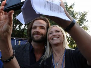 Your Zombie Girl gets a selfie with Jared Padalecki